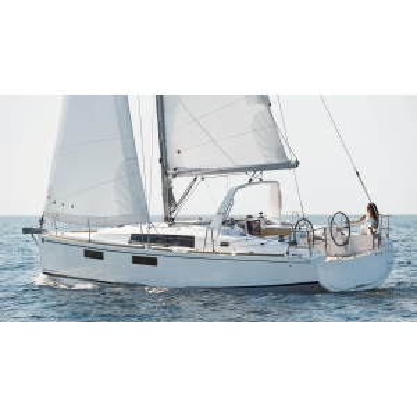 OCEANIS35-10.jpg