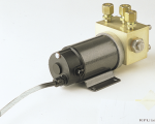 RPU160US: Kahesuunaline pump. Silindrite nihe 9.8 - 24 kuubiktolli. (vajab AC42´e). 12V DC