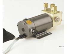 RPU300 kahesuunaline pump, 12 V. Silindrite nihe 23-36 kuubiktolli (vajab NAC-3/AC42)